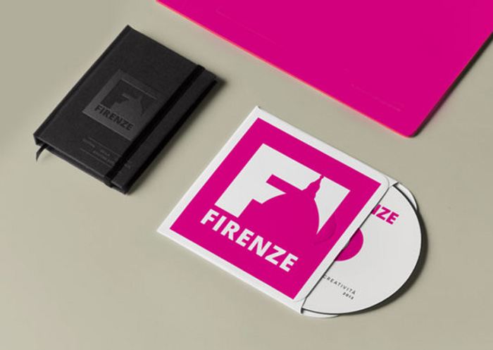 moleskine e cd cover con logo firenze